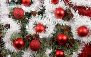 christmas-balls-wallpapers_1920x1200_87302